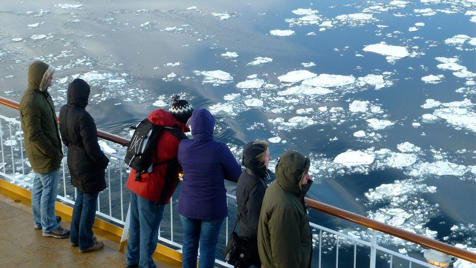 Mit der Color Magic auf Winterkreuzfahrt: Dresscode Pudelmütze