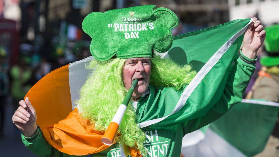 Auch in London feiern die Menschen den St. Patrick's Day.