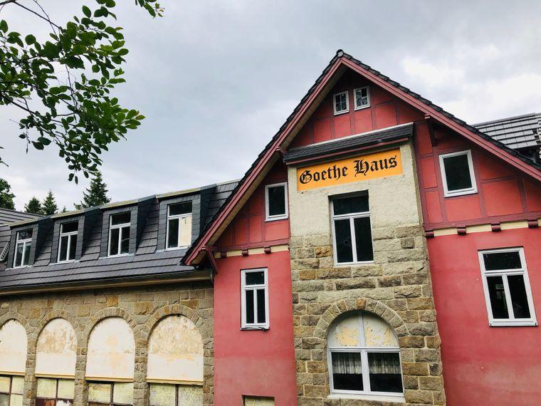 """Goethe selbst besuchte Schierke in der Tat Ende des 18. Jahrhunderts. Dieses """"Goethe-Haus"""" steht allerdings leer."""