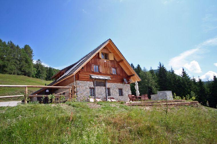 Die traditionelle Alpenlodge in Slowenien findest du inmitten der Julischen Alpen.
