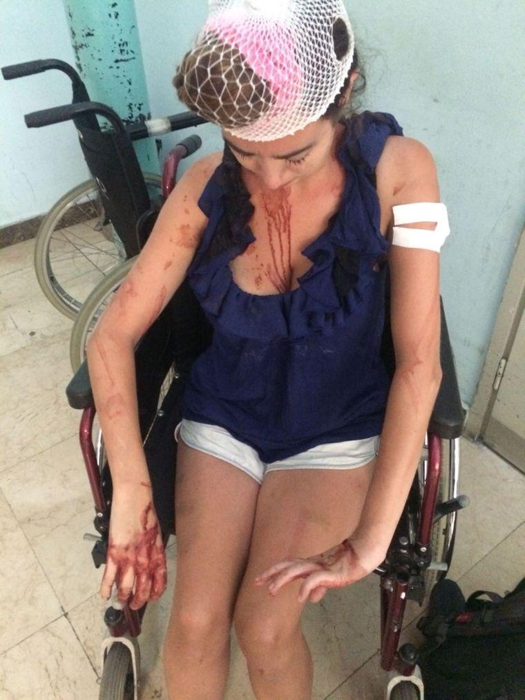 Laura im Krankenhaus in Split, nachdem sie im Hostel zusammengeschlagen wurde.