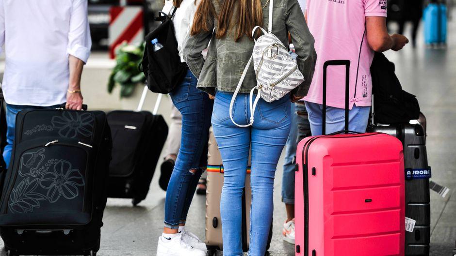 Reiserückkehrer aus einem Risikogebiet müssen in NRW nicht mehr in Quarantäne.