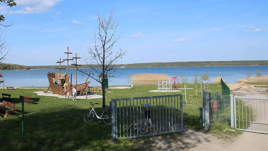 Spielplatz am Haselbacher See im Altenburger Land