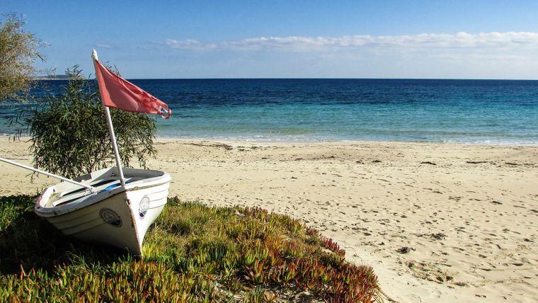 Ausspannen auf Zypern: Lange einsame Strände laden zum verweilen ein.