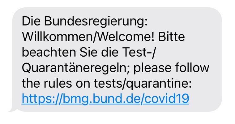 So sieht die Corona-SMS bei Einreise aus, in der die Bundesregierung über die Einreise-Regeln informiert.