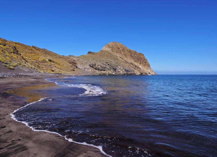 Menschenleer: Der wunderschöne Antequera-Strand auf Teneriffa.