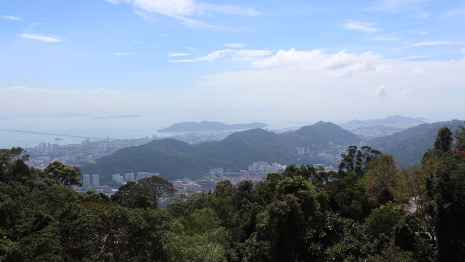 Der beste Aussichtspunkt der Insel: Vom Penang Hill haben Besucher einen tollen Blick auf George Town und das Meer.