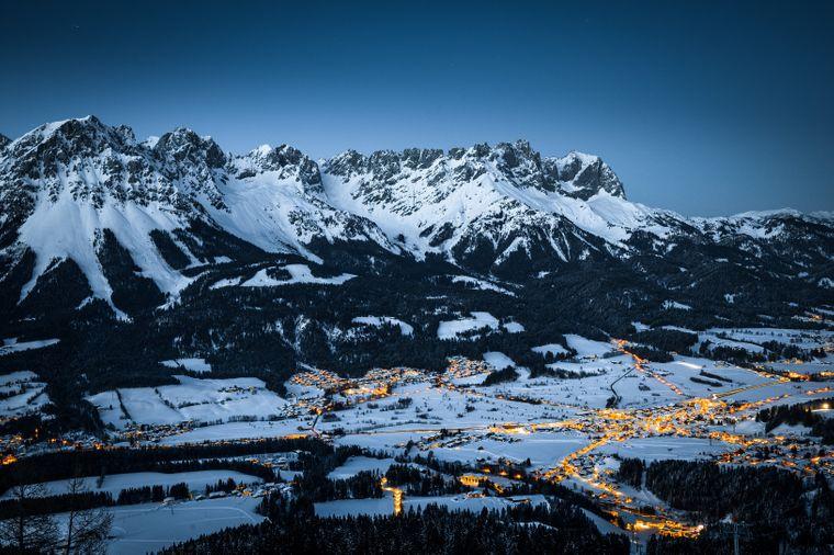 Der Skiort Ellmau liegt zwischen dem Hartkaiser und dem Wilden Kaiser.
