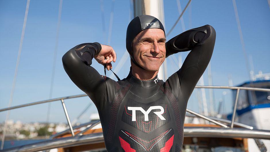 Ben Lecomte (51) will von Tokio nach San Francisco durch den Pazifik schwimmen – 8.850 Kilometer weit.
