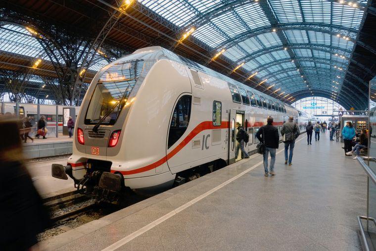 <p>Leipzig Hbf - Intercity 2 nach Dresden</p>Deutsche Bahn AG