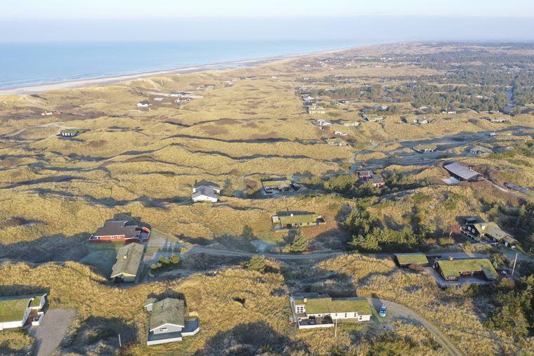 In Dänemark gibt es viele Regionen mit Ferienhaussiedlungen am Meer.