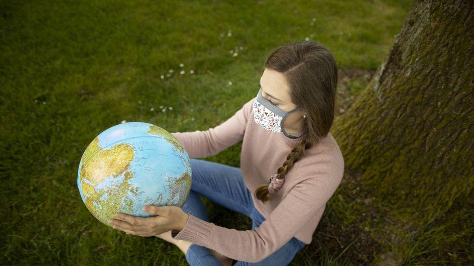 Maskenpflicht und Abstandsregeln bestimmen den Urlaub im Jahr 2020. (Symbolbild)