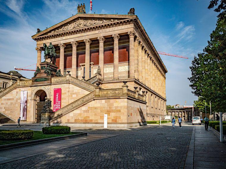 Die Alte Nationalgalerie ist nur eins von vielen beeindruckenden Museen auf der Museumsinsel.