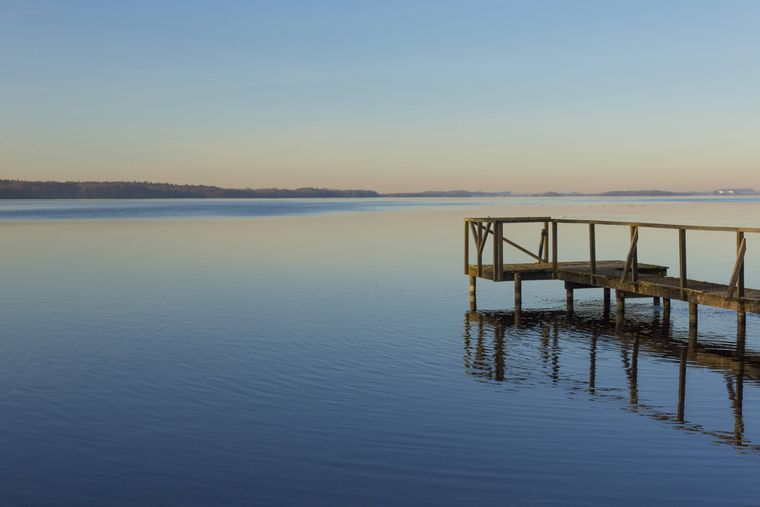 Blick auf den Großen Plöner See in Schleswig-Holstein.