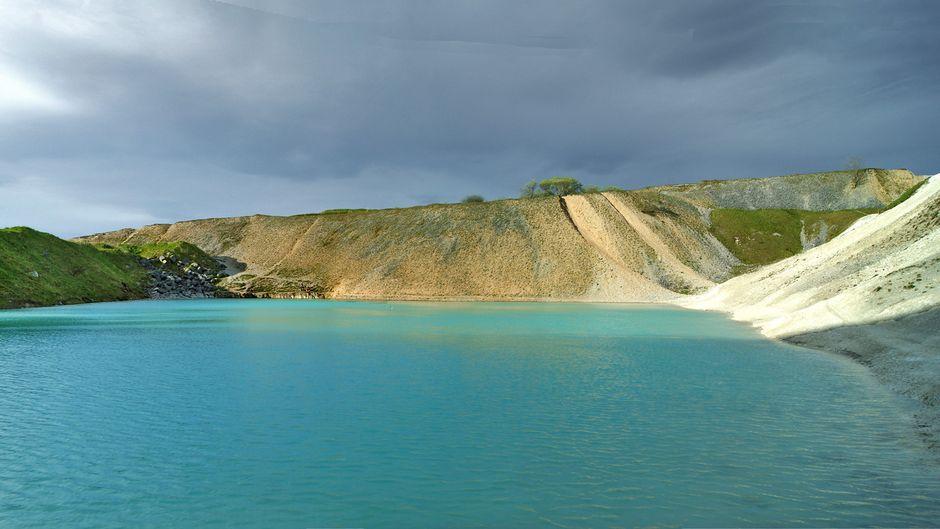 Die Blue Lagoon von Harpur Hill Quarry.