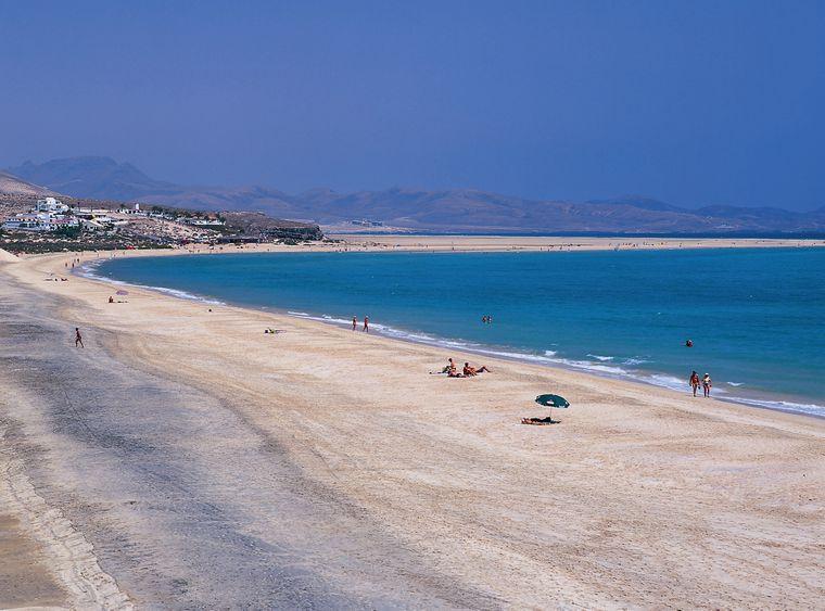 Traumhaft schön: An der Südostküste der Halbinsel Jandía liegt auf Fuerteventura die Playa de Sotavento.