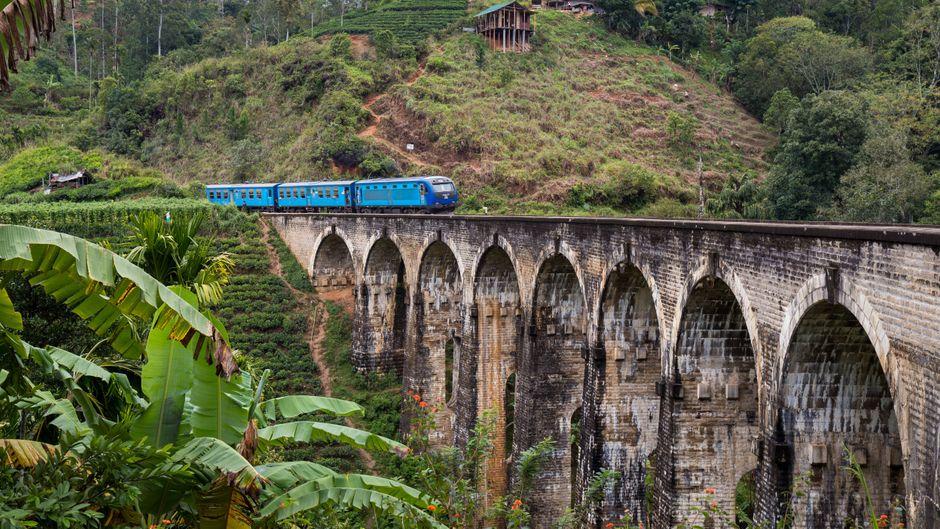 Die Neunbogenbrücke bei Ella in Sri Lanka.