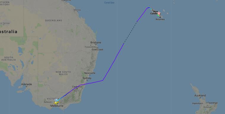 Die Maschine wurde umgeleitet und landete in Neukaledonien.