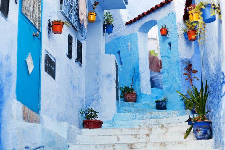 Alles blau: Die Stadt Chefchaouen in Marokko hat ein konsequentes Farbkonzept.