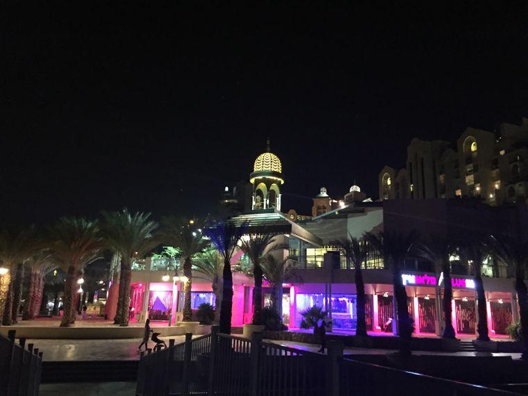 Eilat bei Nacht