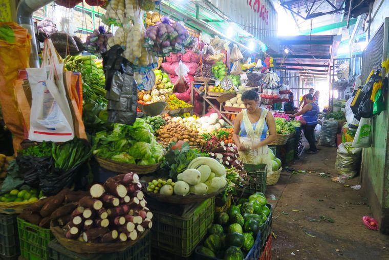 Gemüsestand im Markt von Matagalpa.