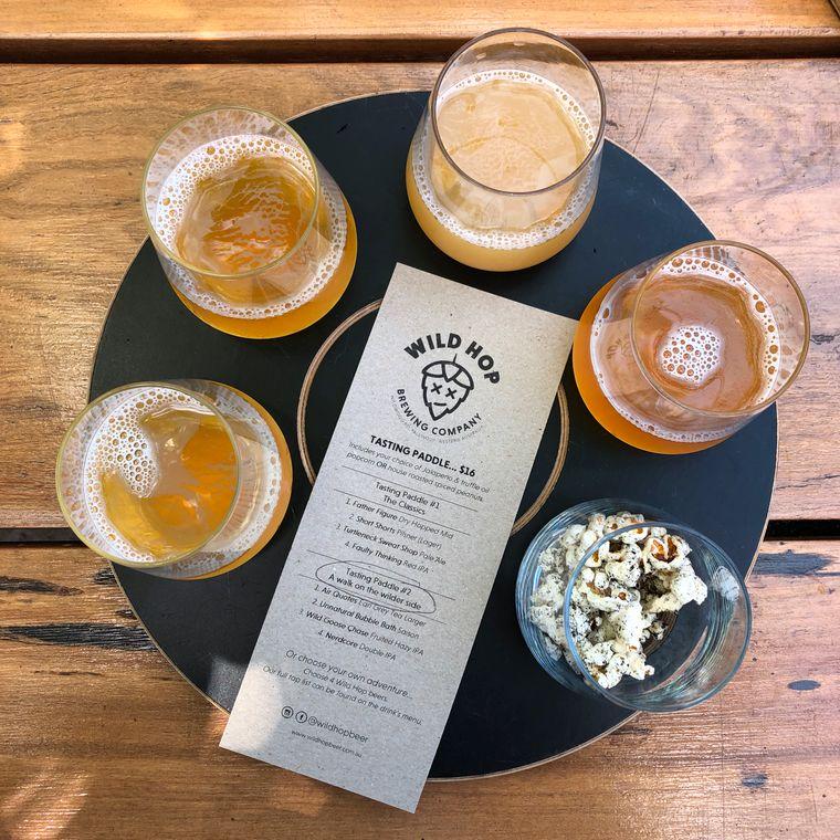 Die Wild Hop Brewing Company in der Margaret River Region bietet Verkostungen an. Zum Bier wird Trüffelpopcorn gereicht – mit Trüffel aus der Region.