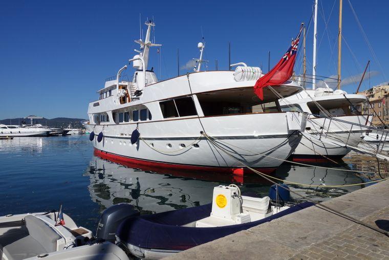 Yachten im Hafen von Saint-Tropez