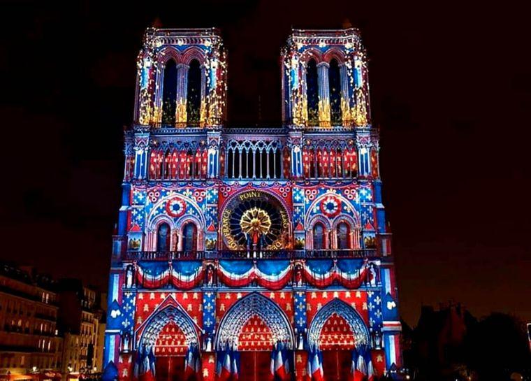 Wow! Imke Marks hat eine Lightshow an der Notre-Dame miterlebt.