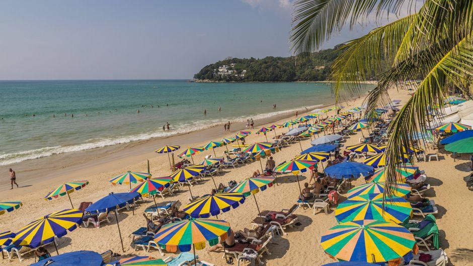 Der Tourist war am Kamala-Strand schwimmen, als der tragische Unfall geschah.