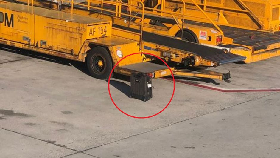 Der Koffer blieb am Münchner Flughafen zurück.