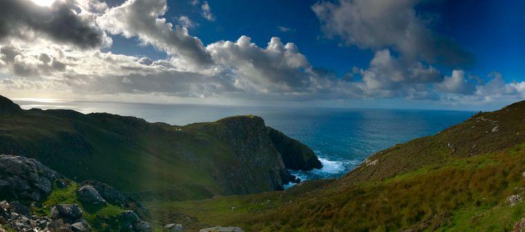 Hoch im Norden Irlands befinden sich die Slieve Leagues, die zu den höchsten Klippen Europas gehören.