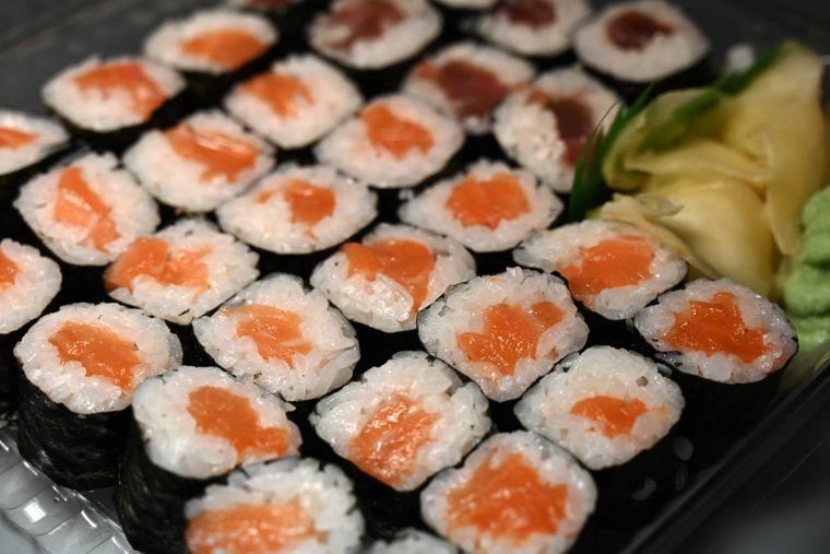 Japans Sushi-Meister verbringen Jahre damit, ihren Reis zu perfektionieren, und halten ihn für genauso wichtig wie alle anderen Zutaten. Achte beim Essen also nicht nur auf den Fisch.