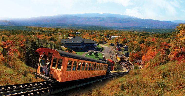 Cog Railway, Mount Washington, im Indian Summer
