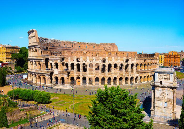 Die Hauptstadt und gleichzeitig größte Stadt Italiens eignet sich perfekt für einen Familienurlaub.
