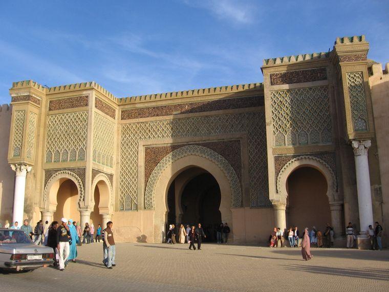 Stadttor Bab Mansour in Meknès.