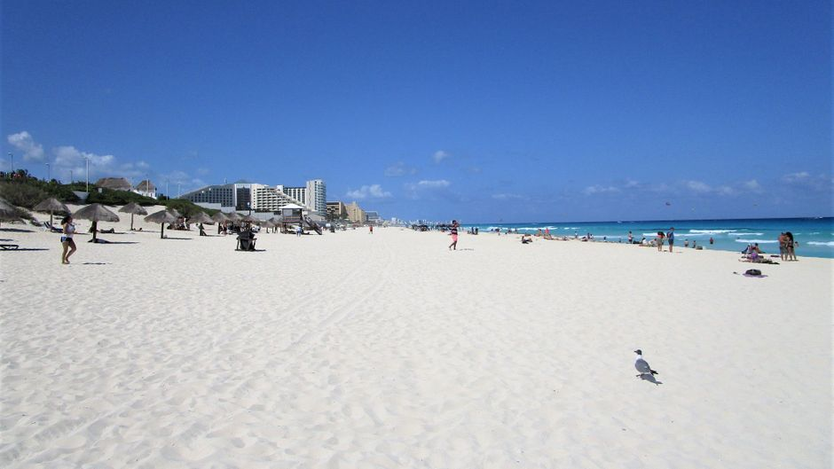Playa Delfines in Cancún.