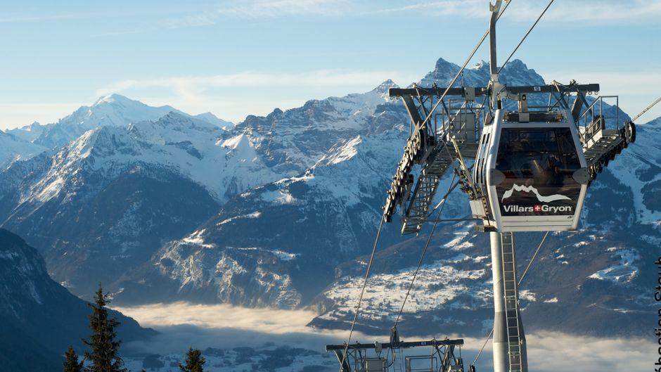 Mit der Gondel ins Skigebiet bei Les Diablerets.