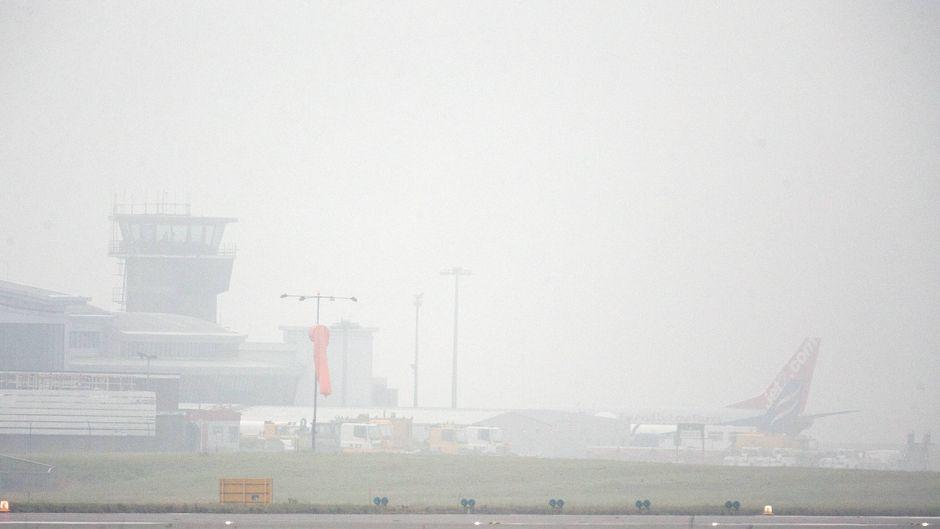 Die zwei Maschinen krachten bei dichtem Nebel ineinander. (Symbolfoto)