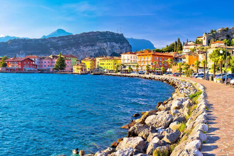 Der Badeort Garda hat dem beliebten See in Italien seinen Namen gegeben.