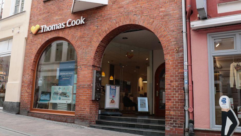 Ein Reisebüro von Thomas Cook in Wismar.