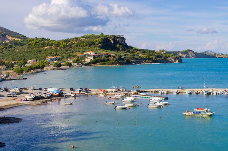 Auf der griechischen Insel Zakynthos steht die Natur im Mittelpunkt, wie hier am Limni Keriou Bay.