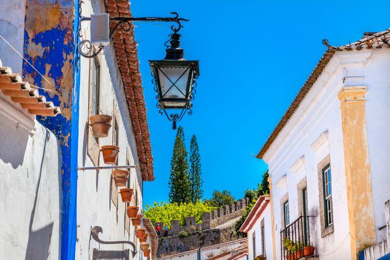 Die Stadtmauer in Obidos wurde im 11. Jahrhundert erbaut.