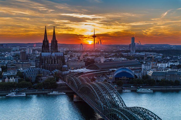Vom Triangle-Turm kannst du den schönen Blick auf ganz Köln genießen.