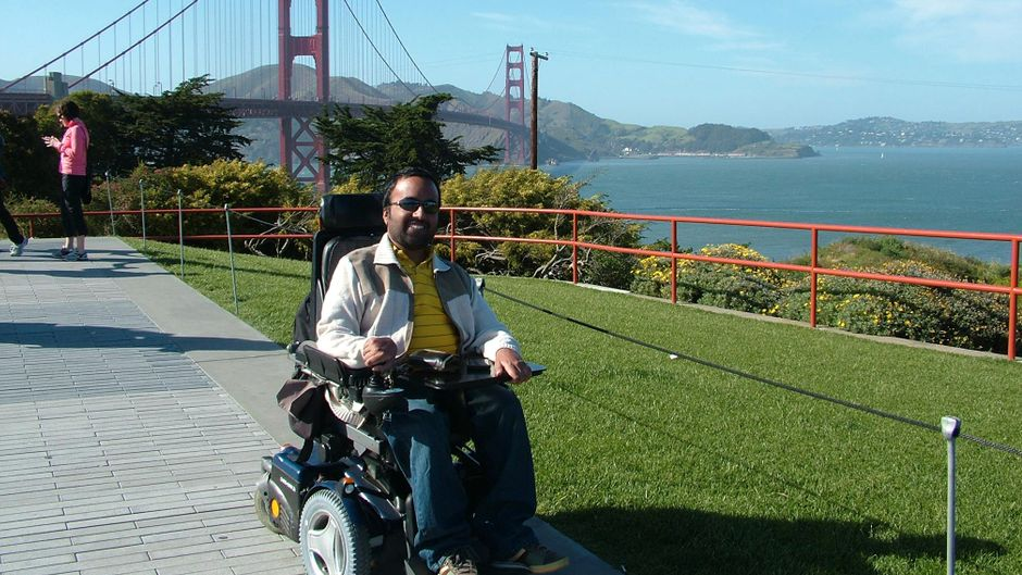 """Der Gründer von """"Accomable"""" Srin Madipalli bei einem Urlaub in San Francisco."""