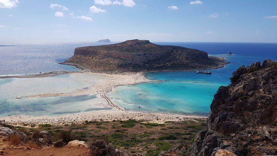 An zahlreichen Orten in Europa (wie hier auf Kreta) kann man auch in den Wintermonaten Sonne genießen.