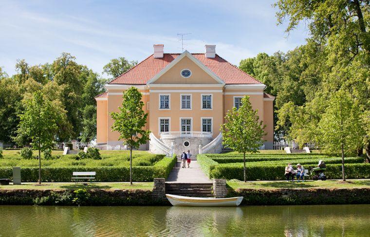 Der Gutshof Palmse vermittelt einen Eindruck von einstigen Leben des baltischen Adels.
