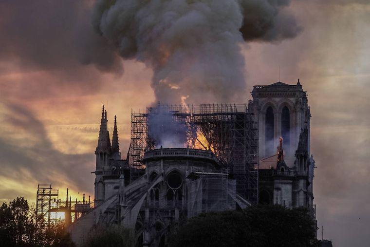 Das Hauptschiff der Kirche ist inzwischen vollkommen zerstört.