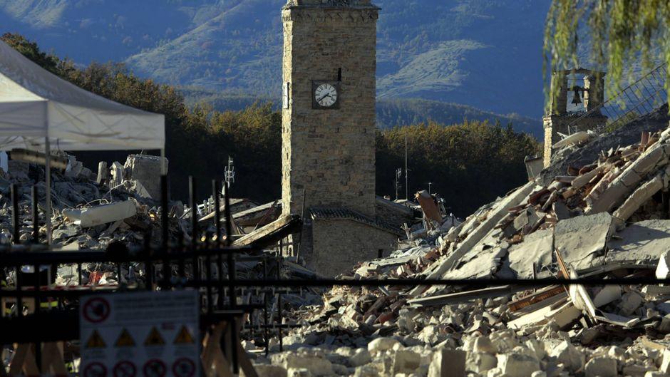 Ein Erdbeben hat in Mittelitalien für Zerstörung gesorgt.