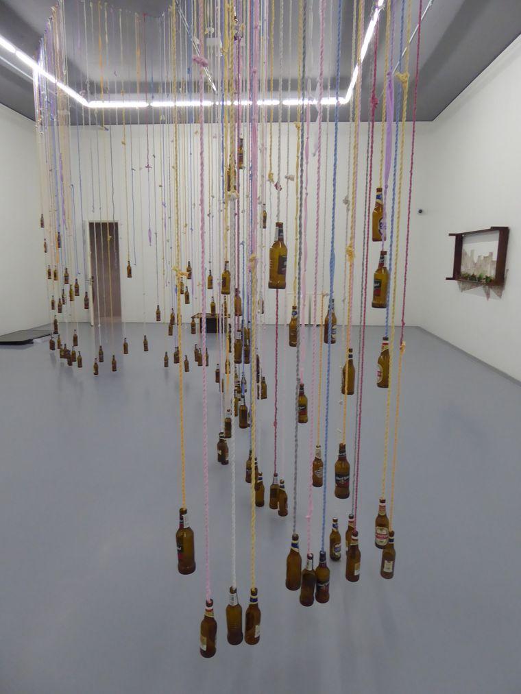 Flaschenkunst im MOCAA