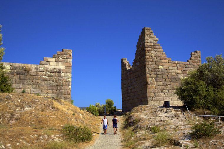 Das Myndos Tor zählt zu den bekanntesten Kultur-Hotspots der Urlaubsregion.